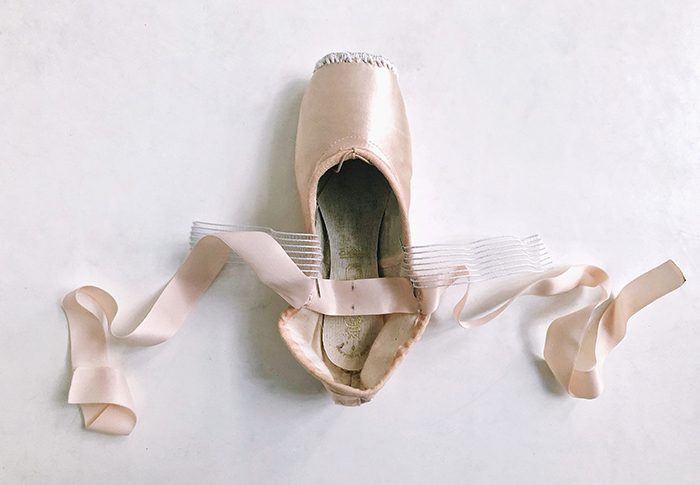 How to sew your ballet point shoes correctly